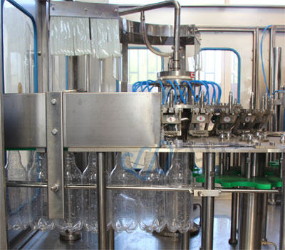 Carbonated Soft Drink Filling Machine